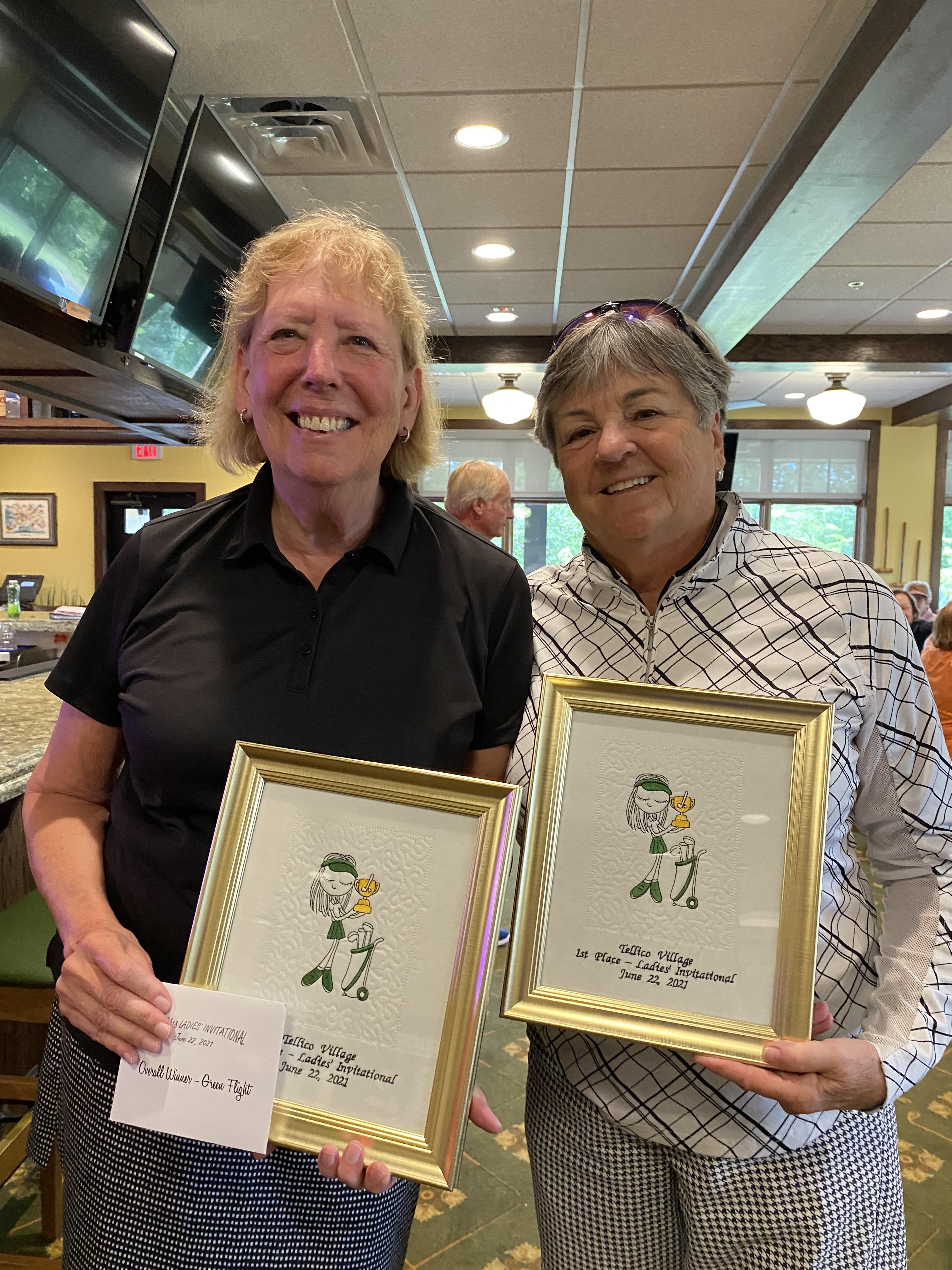 Green Tee Overall Winners 61 Brenda McJunkin Carol Hornstra